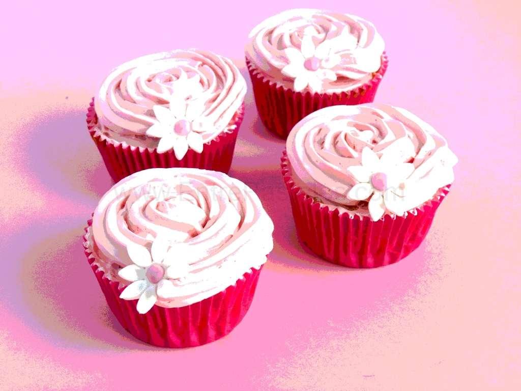 2013-05-21-14h06m15s-cupcakenubes