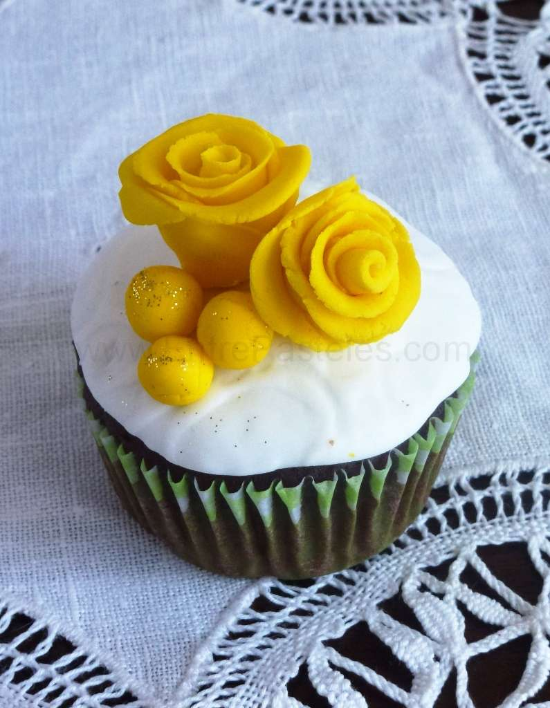 2013-06-03-12h05m07s-cupcakesvintage