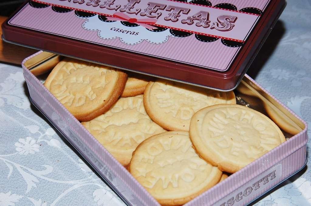 2012-12-10-21h34m03-homemadecookies