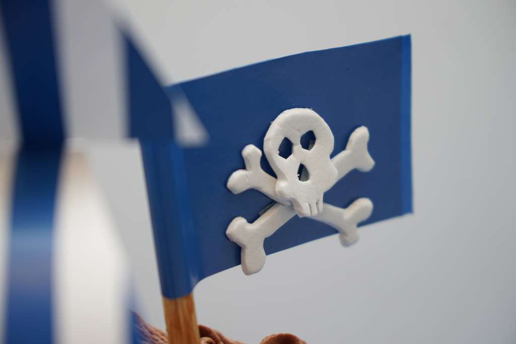 2014-10-27 00h16m44s Barco Pirata Salva 012